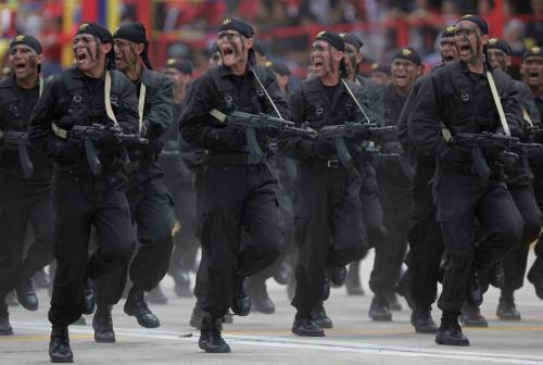 Vojenská přehlídka v Caracasu