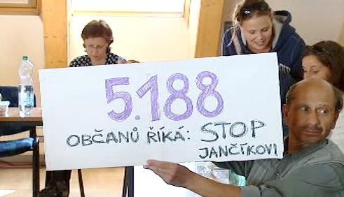 Odpůrci starosty Milana Jančíka