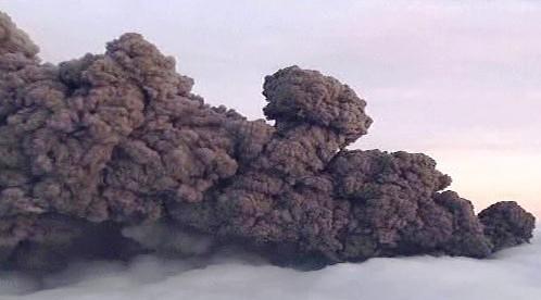Mrak popela z islandské sopky