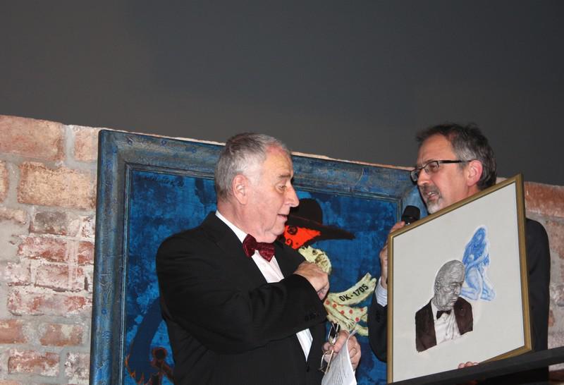 Prof. MUDr. Josef Koutecký a galerista Miroslav Lipina