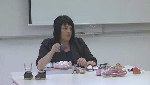Angela Roper