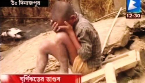 Přes východní Indii a Bangladéš se přehnal cyklon