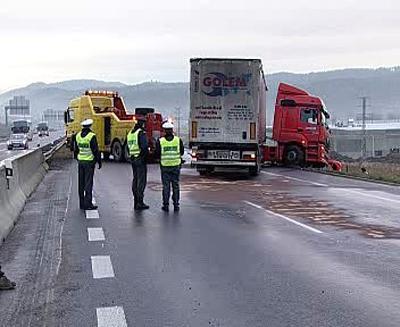 Policie u nehody kamionu