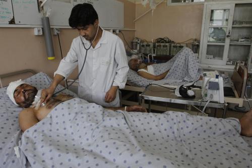 Zraněný po střelbě na afghánský autobus