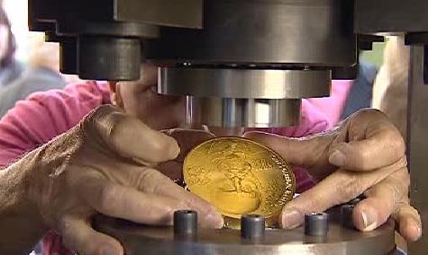Ražba zlaté medaile