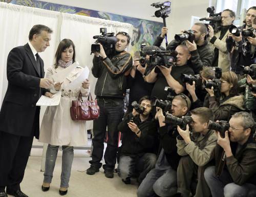 Viktor Orbán s manželkou