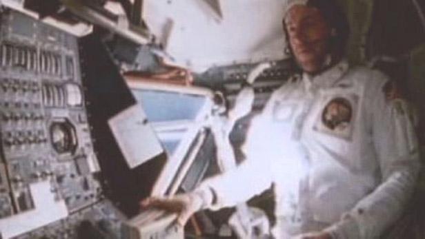 Na palubě Apolla 13