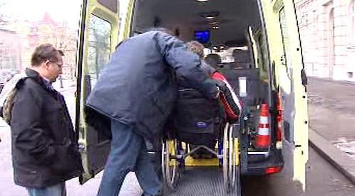 Nástup vozíčkáře do mikrobusu