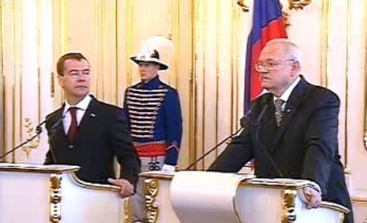 Dmitrij Medvěděv a Ivan Gašparovič