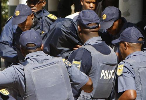 Jihoafrická policie rozhání protest před soudní budovou