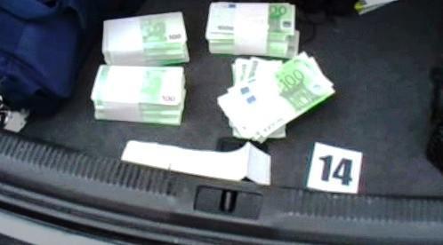 Padělané eurobankovky