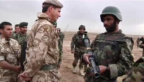 Zahraniční a afghánští vojáci