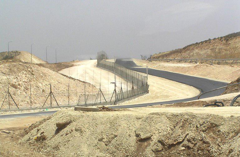 Izraelská bezpečnostní bariéra