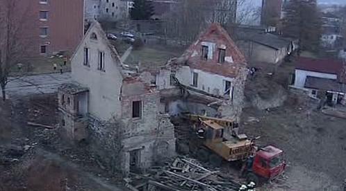 Zřícený dům ve Varnsdorfu
