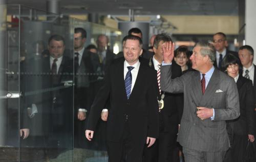 Princ Charles s univerzitním rektorem Petrem Fialou