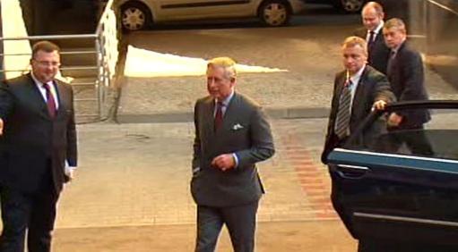 Britský princ při příjezdu na brněnskou univerzitu