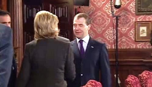 Hillary Clintonová a Dmitrij Medveděv