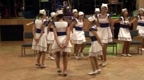 Předtančení na plese ZŠ Na Kopcích