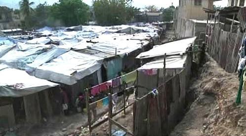 Tábor v Port-au-Prince