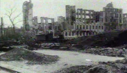 Drážďany po bombardování v únoru 1945
