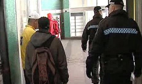Strážníci na nádraží