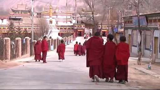 Tibetští kněží v Lhase