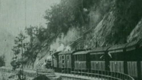 Tento vlak odvezl obyvatele údolí Ledro do Čech