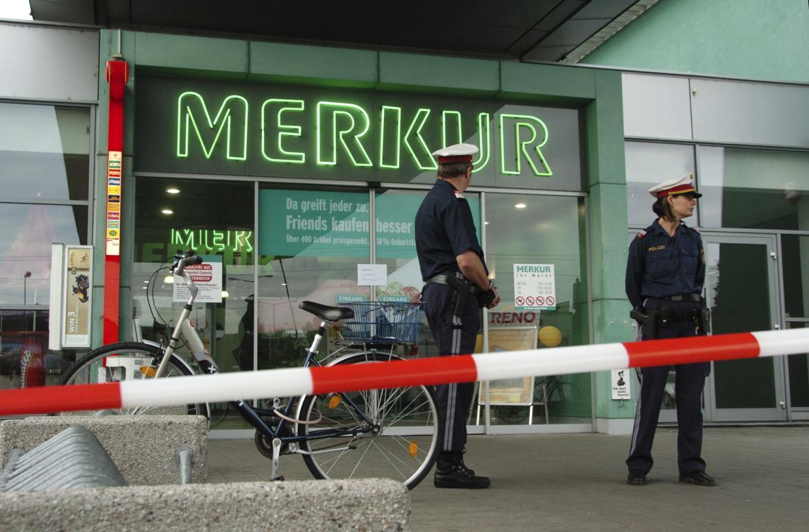 Obchodní dům, v němž policie zastřelila 14letého zloděje