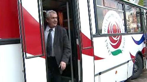 Volební autobus Zemák