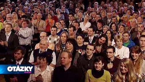Publikum v pardubickém domě kultury Dukla