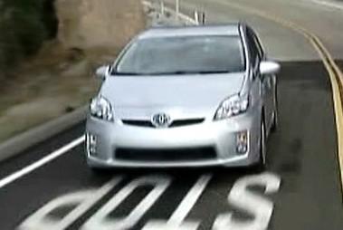 Toyota při jízdě