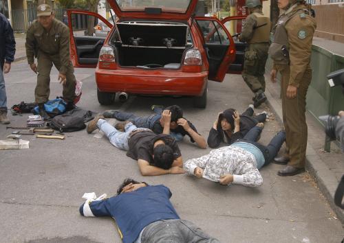 Chilané zatčení za rabování