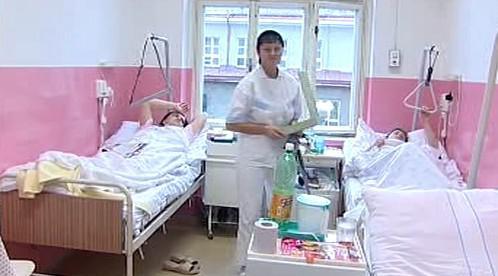Nemocniční pokoj v broumovské nemocnici