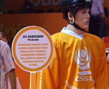 Jiří Paroubek jako hokejový hráč v předvolební kampani