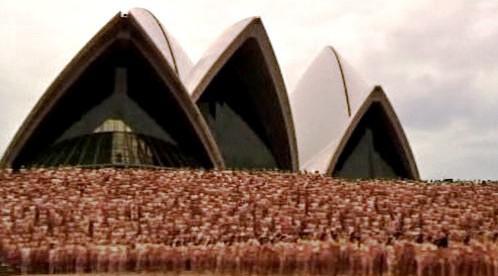 Focení hromadného aktu u opery v Sydney