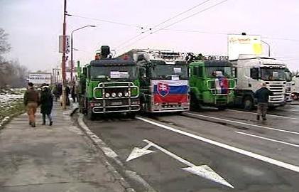 Slovenská unie autodopravců organizuje prostest proti zavedení elektronického mýta