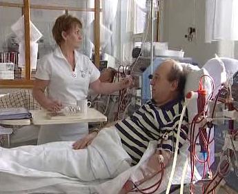 Pacient na dialyzačním lůžku
