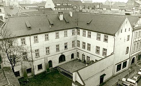Divadelní ústav / budova