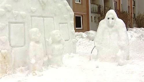 Sněhová perníková chaloupka