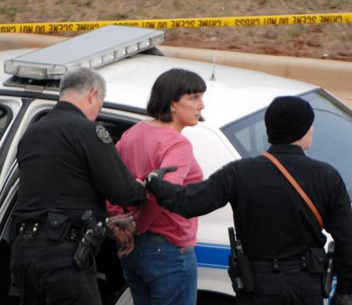 Žena zadržená v souvislosti se střelbou na Alabamské univerzitě