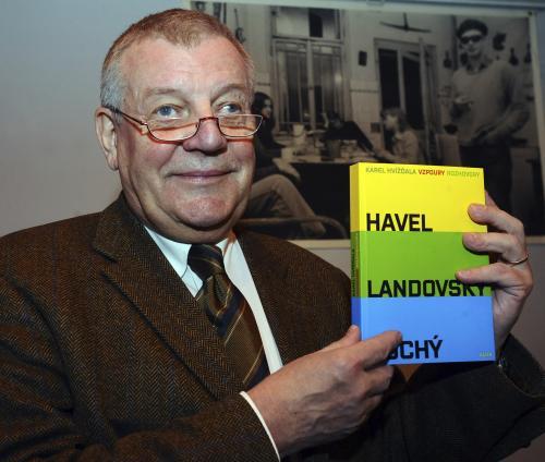 Karel Hvížďala: Vzpoury