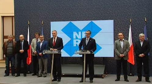 Tisková konference po jednání NERVu