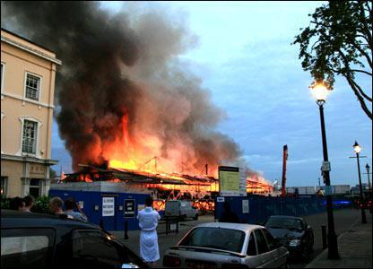 Požár plachetnice Cutty Sark