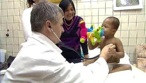 Dítě z Kambodže v motolské nemocnici