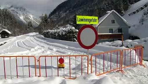 Lavinové nebezpečí v Alpách
