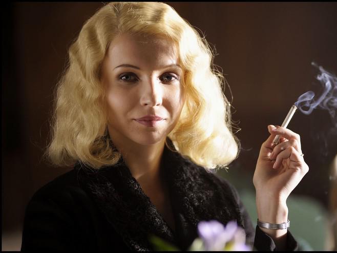 Jana Plodková ve filmu Protektor