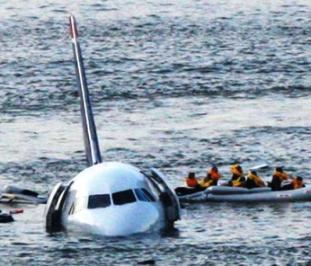 Letadlo v řece Hudson
