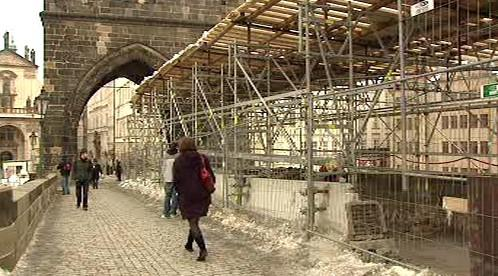 Opravy Karlova mostu