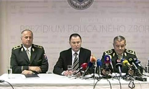 Brífink slovenské policie k případu terorismu