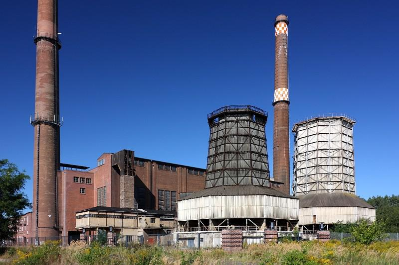 Parní elektrárna u města Plessa